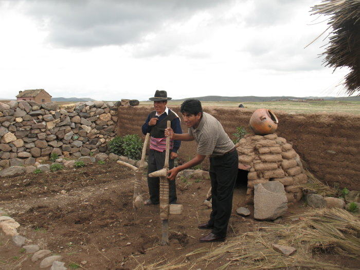 Community Tourism in Hatuncolla - Vegetarian Peru Adventures