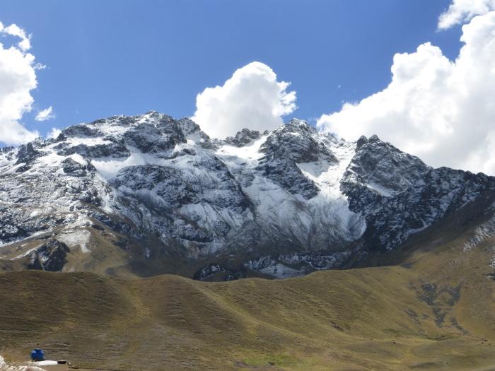 La Raya Pass - Vegetarian Peru Adventures