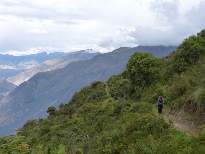 Hiking to the Condor Viewpoint of Chonta - Vegetarian Peru Adventures