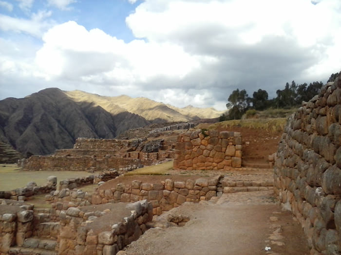 Chinchero - Vegetarian Peru Adventures