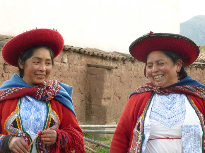 Quechua Weavers - Vegetarian Peru Adventures