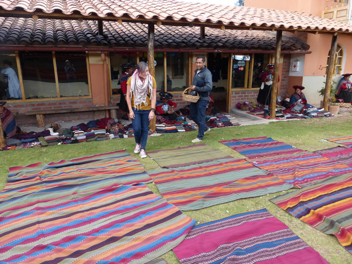 Textile Association in Chinchero - Vegetarian Peru Adventures