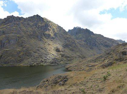 Kimsaqocha Lagoon near Pisac - Vegetarian Peru Adventures