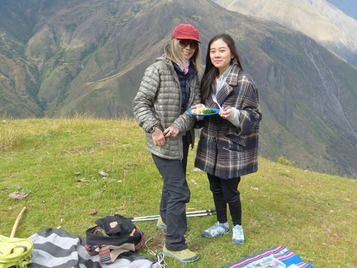 Picnic Lunch near the Condor Viewpoint of Chonta - Vegetarian Peru Adventures